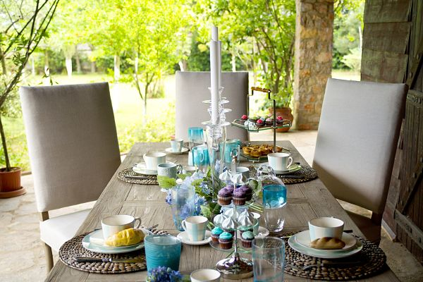 Spring Patio Table Decorations